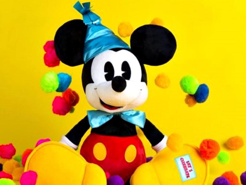 0b51aee3f Comemore o aniversário do Mickey Mouse no Disney World Resort - Pelo ...
